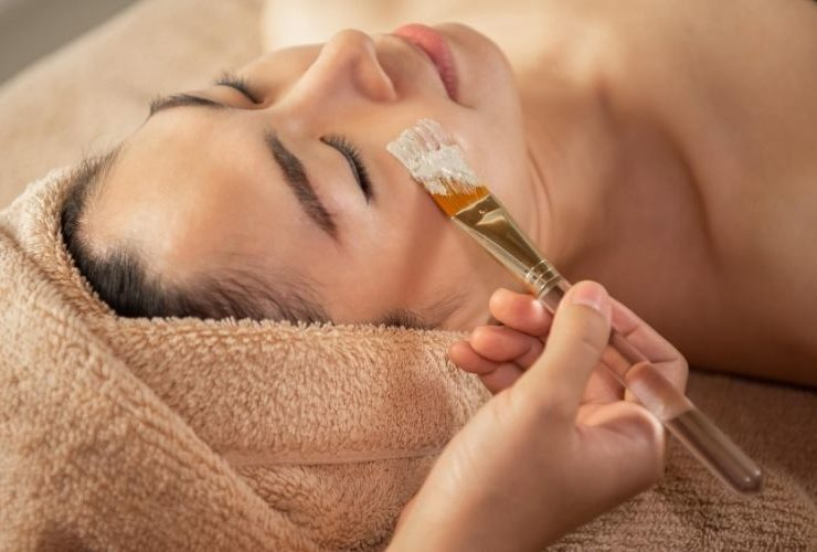 Woman getting a spa treatment.